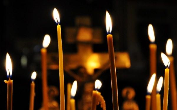 Куда ставят свечи