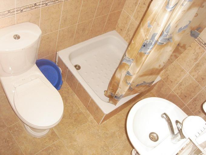 Все трубы в ванной комнате нужно спрятать от сторонних глаз